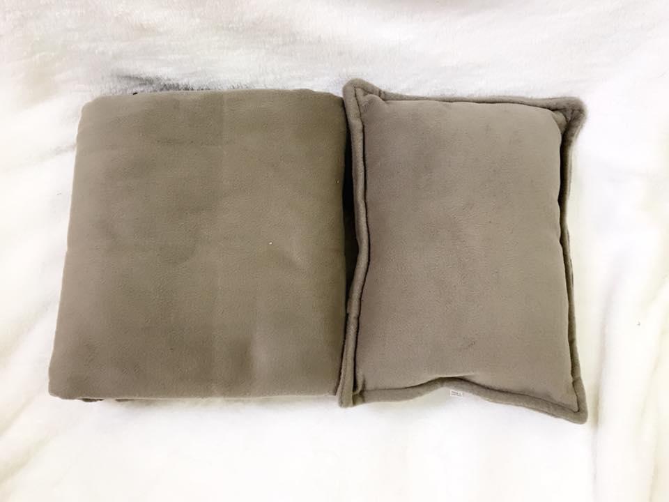 Bộ chăn gối màu xám mốc