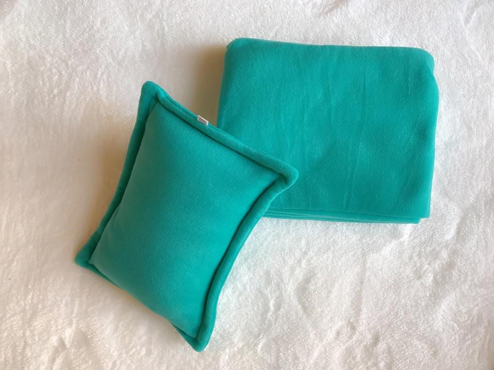 Bộ chăn gối màu xanh máy bay
